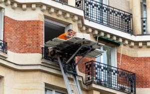 Transportadora Com Elevador Exterior Em Sintra